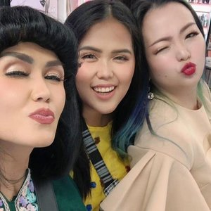 Never stop #havingfun 💕 Make-up makes me happy 💕 Said #makeupaddict #makeuplover #makeupjunkie 💕 Thank you for coming 💕 💕 @sephoraidn @tunjungan_plaza  #sephora #sephoraindonesia #sephoraidn #host #beautyevwnt #beautylover #beautyaddict #beautycommunity #wakeupandmakeup #ilovemakeup #makeupartist #makeup #makeuptalk #makeuplover #clozette #clozetteid