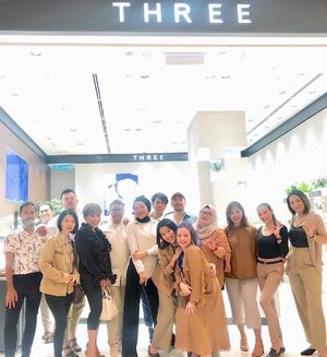 Sharing the laughter @threecosmeticsmy launching Angelic Synthetic Foundation Serum  At #threecosmeticsmy #flagship store with experienced and well known #MUA ♥️✨ Love to know you all ♥️✨ . . . #3flawlessbabe #3flawlessbase #3flawlessbabes #makeupartist #makeupartistworldwide #makeupartistkualalumpur #makeupartistkl #makeuplife #wakeupandmakeup #clozette #clozetteid #beautyinfluencer #beautygram #beautyevent #beautyblog #bblog