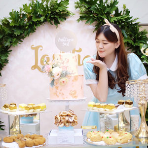 Alice tea party? No! It's @lashtiqueid 3rd anniversary and grand launching🐰✨💗 Congratulations for your new store at Neo Soho & once again, happy birthday! 🥂........#selfpotrait #beautyenthusiast #beauty #makeup #skincare #beautytips  #beautyreview #makeuplover #skincareaddict #beautyaddict #beautyjunkie #makeupguru #makeupaddict  #bloggerevent #makeupjunkie #bestoftheday #clozetteid #beautyinfluencer  #beautycommunity #얼짱 #일상 #데일리룩 #셀스타그램 #셀카