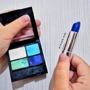 Wow kumpulan makeup warna biru 💙 Mau dijadikan apa yaah? Lipsticknya dari @maybelline dan eyeshadownya dari @revlonid.. Btw ini semua gw coba di muka, dan mix penggunaannya 😆 Misalnya lipsticknya buat eyeshadow base, dan highlighter+blush dari eyeshadow 😯 . Penasaran sama hasilnya? Huehehehe..😂 . . . . . @pkubeautyblogger @clozetteid #pkubeautyblogger #beautybloggerpku #bloggerpekanbaru #bluemakeup #makeupindonesia #makeuppku #makeuppekanbaru #makeupriau #makeupreview #infopku #infopekanbaru #eyeshadow #lipstik #bluelipstick #clozetteid