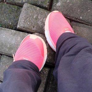 @clozetteid #cotw #shoefie #clozetteid Shoes speak louder than words 👟