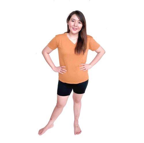 Ini shapewear andalanku from @enduobrands nyaman dipakai gak bikin gerah, jd shapewear ini pengganti korset ya, cuma teskturnya lebih tipis dan lebih simple.. lemak kita pun jadi tertutup 🙈 bahannya sangat aman karna terbuat dari eokotex certification bukan abal2an . Shapewear @enduobrands 1 paket dapat 3 jenis: short, medium, long . @enduobrands lagi ada promo sampe tgl 21 feb gaes!! Buruan lgs cek www.enduobrands.com