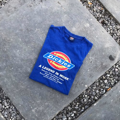 Preloved T-Shirt Dickies Size M  Price Ask 💯