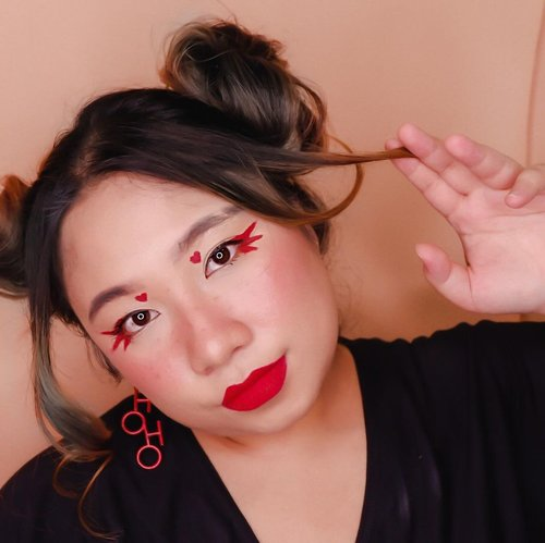 #Repost from Clozetter @reginapitupulu.  👀  🐙 @fanbocosmetics eyebrow pencil 🐙 @thesaemid @thesaem.official Tip concealer 🐙 @otwoo_id Eyeshadow Palette 🐙 @floretcosmetic Lipcream  🐙 @bellaoggiitaliaofficial Blush 🐙 @gobancosmetics eyeliner 🐙 @silkygirl_id Big Eyes Mascara 🐙 @bellaoggiitaliaofficial Foundation  .  #reginapittutorial #reginapitcom #bvlogger #bvloggerid #indobeauautygram #Clozetteid #bloggermafia #sbybeautyblogger #beautiesquad #indovidgram #indovlogger #batak #bataknese #beautybloggerindonesia #pinterestindonesia #pinterestmakeup