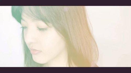 Hi semua! kemarin aku baru nyobain #ringlight dan sharing dengan blogger cantik dari bandung ini @siscapiccha katanya untuk video dengan ringlight bagusnya pakai softlens berwarna.  tanpa pikir panjang aku beli dua softlens dari @lins.beautica  Produk i Mention: #Puffy grey #Puffy Brown  Menurut kalian softlens dengan warna apa yang cocok?  #clozetteid #bloggermafia #beautyblogger #beautybloggerjakarta #beautybloggerindonesia #softlens