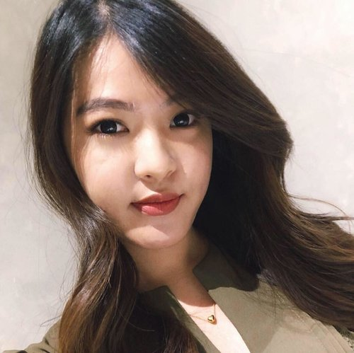 hai cewekkk,menyambut chinese new year kemarin aku nyobain eyelash extension di @tokyoincid  Hasilnya okey banget,Mata menjadi lebih Hidup tanpa harus pake mascara dan yang pastinya jadi lebih menghemat waktu makeup nya.  untuk review detailnya bisa langsung ke link di bio aku yach,aku bahas di blog aku. - - - - - - - #BloggerMafia #ClozetteID #BeautyBlogger #BeautyBloggerID #eyelashextensions #tokyoinc #tokyoincid