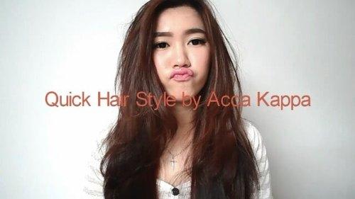 Quick & Perfect Hair with Acca Kappa. See the different!Hi girls! Hari ini aku mau kasih tutorial menggunakan produk dari @accakappa_id. Di video ini aku menggunakan NO-DAMAGE Thermic Brush yang memang menjadi andalan dalam styling rambut. Brush ini terbuat dari 100% Bristles sehingga dapat merapihkan setiap helai rambut dengan Perfect! Aku juga memilih diameter 35mm karena rambut aku panjang & tebal. Tutorial step :1. Gunakan Acca Kappa Fluid Protecting. Cukup menggunakan 2 pump (rambut panjang) lalu aplikasikan dari batang hingga ujung rambut. Sisanya berikan di area akar rambut. 2. Bagi rambut kedalam 2 bagian, kiri dan kanan.3. Brush rambut kedalam dan pastikan semua rambut tersisir agar dapat terbentuk (sesuai bagian, kiri atau kanan).4. Rambut sudah siap dan rapih 😊Quick & Perfect kan? #MyAccaKappaHair #MyHairMyPride #ClozetteID #ClozetteXAccaKappa #AKhairbrushvideocompetition