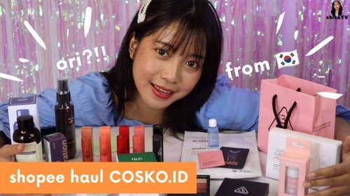 ✨NEW POST YOUTUBE VIDEO UNBOXING BARANG-BARANG @cosko_k ✨ Ada ⚠GIVEAWAY⚠ juga!  Rules giveaway lihat di video youtube aku terbaru💞 Link di bio☺ .  .  .  .  .  .  #beauty #beautyvideos #unboxing#shopeehaul #makeup #review #beautyvlogger #beautybloggers #beautybloggerindonesia #indonesia #lfl #like #clozette #clozetteid #clozetter #뷰티스타그램 #뷰티영상 #메이크업 #startwithSBN #socobeautynetworks #shopeeindonesia#ragamkecantikan#likeforlikes#cchannelid#cchannel#giveaway#giveawayindonesia