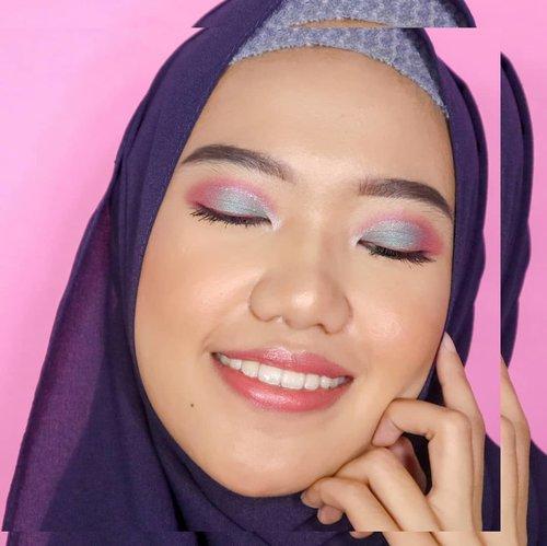 GoodMorning everyone!🌺 Kira-kira makeup ini bisa dipake kemana yaa?🙈..makeupdetails :🖌️ Foundation Superstay @maybelline 🖌️ Powder @ultimaii_id 🖌️ bronzer @benefitindonesia 🖌️ blush @maybelline 🖌️ brow @benefitindonesia 🖌 eyes @jcatbeauty@focallure 🖌️ lip @maccosmetics @pixycosmetics @youmakeups_id @nyxcosmetics 🖌️ setting spray @lorealindonesia ...........#makeuplook #makeupformakeuplovers #makeuplooksgoodtho #lookbookindo #clozetteid #theshonetinsiders #theshonet #eyeshadowtutorials #eyeshadow #beautyglazed #bunnyneedsmakeup #beauty #makeuphits #makeuplove #beautilosophy#beautyenthusiast#tampilcantik #flawlessdolls #flawlessbeauty #undiscoveredmuas #undiscovermakeupart #CChannelbeautyID #setterspace