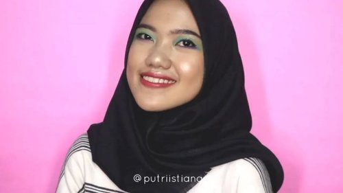 #minitutorial eye makeup from me!😜.What im using :eyeshadow : @beautyglazed highlight : @beautycreations.cosmetics lip : @fernandocosmetics @nyxcosmetics_indonesia .............#bloggirls.id #setterspace #bunnyneedsmakeup #CChannelbeautyID #bvloggerid  #eyemakeuptutorial #popbelaBeauty #like4likes  #makeupformakeuplovers #eyemakeupstyle #beautyfeatid #beautycollabid #GirlsCreationID #tutorialmakeup #makeuphits #rainboweyeshadow #tutorialmakeup #beautyguruindonesia  #beutysecretsquad #tipscantik  #clozetteid@setterspace @indobeautygram @indobeautygram @beautycollab.id @beautygoers @beautychannel.id @beautyranger.id@beautyguruindonesia@kbbvbyacb @nusantaramood@bloggermafia @tampilcantik @popbela.beauty@tips_kecantikan