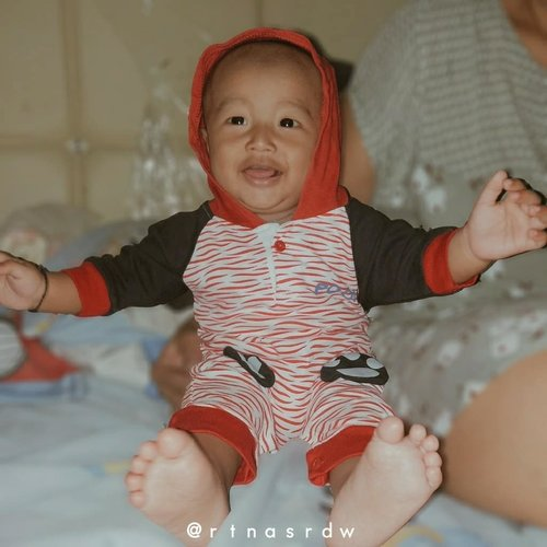 Happy 8monthsold sholehnya ibuuu❤_________________________#StoryOfBabyDhavinGhifari #Roy'sFamily#8monthsold#01april2019#ClozetteID