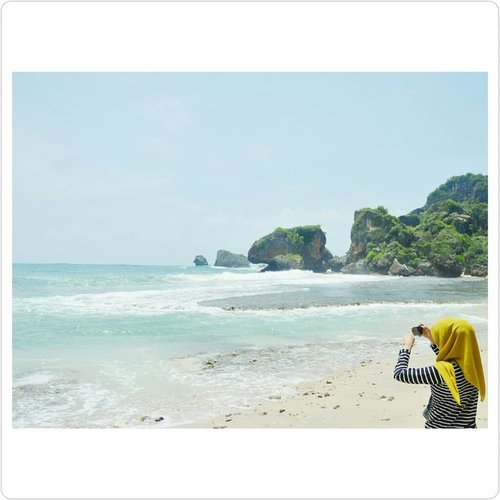Oh, how I miss this view💙#4x3 #bluesea #bluesky #clozette #clozetteid #bloggerperempuan #🌊