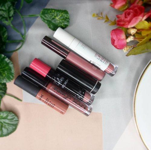 Lipstik natural itu engga ada matinya. Selalu cocok ditiap kesempatan, dan selalu ada koleksinya di tiap brand. . #kbbvbeautypost collaboration minggu pertama ini bakal mengupas tentang koleksi lipstik natural yang kita punya. Penasaran ga sih sama apa yg kita punya? 💄💄 . Http://bit.do/LipstikNatural . Mampir yaa 💕 . #fdbeauty #clozetteid #lipjunkie #lippies #lipaddict #lipstick #lipcream #lipstiknatural #bloggers #vloggers #bloggerslife #vloggerslife #blogpost #beautybloggerindonesia #beautyblog #ibb #bbloggerid #bbloggers