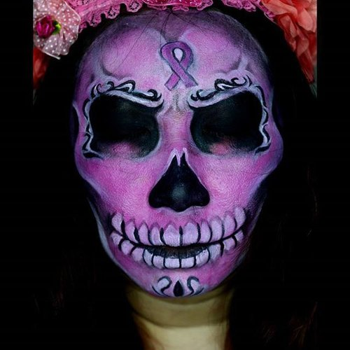 Pinky Sugar Skull for #breastcancerawarenessmonth as my 1st day joining #hobhalloween ^^.Just a simple sugar skull as i dont have much time to add more detail and flower 👻👻🎃🎃..Products @mehronmakeup #paradisemakeupaq black and liquid make up white, @nyxmakeupid primal color hot pink and @sugarpill bulletproof..🎃 need sfx makeup or facepainting for your halloween? Contact me by email bandarkrupux.ok@gmail.com 🎃.#clozetteid #halloween #sugarskull #faceart #facepaint #facepaintingjakarta #jasamakeup #jasafacepainting #muaindonesia #muajkt #makeupartistindonesia #hanzoween #jordanhanz #alexfaction #mykie_ #mehronmakeup #31daysofhalloween #dupemag #annalingis #jinnymakeup #mariamalone1122 #lauraj_sfx #lespinceauxdecaro #beautybybellinda #dehsonae #luvekat