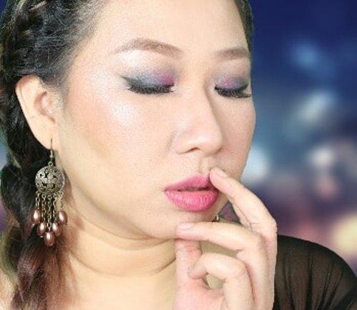 Jadi gw kan pake green screen pas foto. Trus edit jadi bekgron kaya di foto ini. Tapi foto nya jd pecah 😢 . . 🙊🙊🙊 . . . . #indobeautygram #ibv #indovidgram #fdbeauty #bloggerperempuan #bblogerid #beautybloggerindonesia #clozetteid #atomcarbonblogger  #localbrand #merklokal #kosmetik #muajakarta #muakelapagading #makeupartistjakarta #makeupoftheday #motd #fotd #vloggerid #nyxcosmeticsid #nyxcosmetics #naturalmakeup #makeupnatural #makeupartist #muajakarta #wakeupandmakeup #makeupbyme