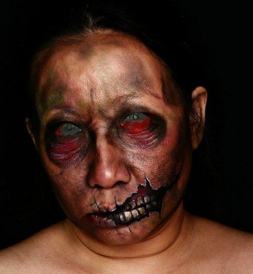"Work in process on my ""Stylish Zombie"" before wig and green tops..Eyes are edited - but good news : I found my white sclera so next look will be all white eyes 💕💕💕.----------------------------.Proses setengah jadi zombie gaul dari foto sblmnya. ..#halloweeniscoming #halloweenideas #zombie #halloweenmakeup #mehronmakeup #facepainting #bodypainting #creativemakeup #creativeboss #mykie_ #jordanhanz #jasafacepainting #facepaintingjakarta #ibv #indobeautygram @indobeautygram #kbbvmember #atomcarbonblogger #bvloggerid #muajakarta #clozetteid #fdbeauty #31daysofhalloween"