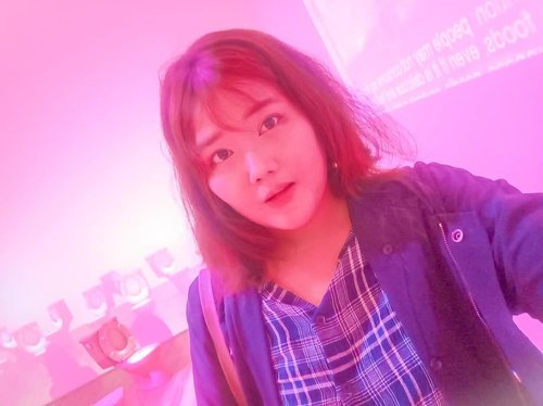 """<div class=""""photoCaption"""">I like pink, even if it's toilet.btw yes they do have meaning, like whatever ur class and prestige, u all are need to taking sh*ts right? Hahaha.... #相互フォロー #相互フォロー100 #ネットアイドル #いいねおねがいします #いいねお願いしま #いいね歓迎 <a class=""""pink-url"""" target=""""_blank"""" href=""""http://m.id.clozette.co/search/query?term=lfl&siteseach=Submit"""">#lfl</a> <a class=""""pink-url"""" target=""""_blank"""" href=""""http://m.id.clozette.co/search/query?term=lfl&siteseach=Submit"""">#lfl</a>💛  #팔로우  #선팔  #맛팔  #좋아요  #일상  #데일리룩  #옷스타그램  #패션</div>"""
