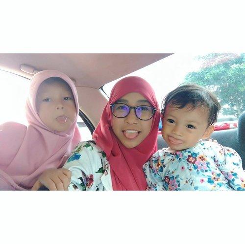 Otw ke #IMCmathparty di @ssqpark, ayo siapa lagi yang bakal ke sanaa? 😃 --- #naia #nawa #kids #kidsactivity #family #familytime #momblogger #clozetteid #IMC #indonesiaMontessori #Montessori