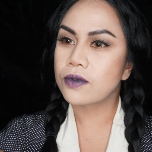 "You severely underestimate my apathy... . . Episode pertama ""Tutorial Halloween paling gampang seduniaaaa..."" up tomorrow on my channel yaaaa.... . .  #makeup #makeupjunkie #makeuplover #eyeshadow #beautybloggerindonesia #beautyvloggerindonesia #vlogger #vloggerindonesia #tutorialhalloween #halloween #tutorialpalinggampangsedunia #clozetteid"
