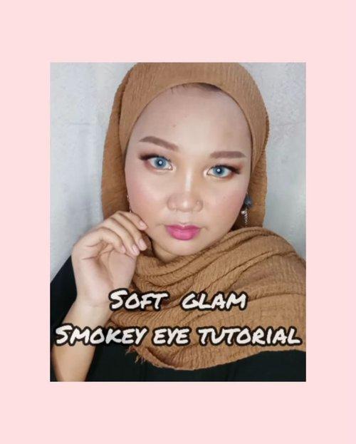 Soft Glam Smokey Eye Tutorial ✨.Guys aku mau infoin ke kalian kalau sekarang @mixdair_indonesia sudah bisa dibeli di Lazada loh 😍.Makeup Deets:🍉 Mixdair Automatic Eyebrow Pencil🍉 Mixdair Eyebrow Gel Mascara🍉 Mixdair Eyeshadow 18 ColorsSejujurnya aku kurang suka sama pensil alisnya karna menurutku teksturnya kurang creamy ~~ Dan untuk eyeshadow palettenya cukup pigmented, walaupun harus dioles beberapa kali dulu agar warnanya bisa intens 😊.➡️ @mixdair_lazada : Mixdair Makeup....#mixdair #mixdaircosmetic #lazadaindonesia #hijabersindonesia #ootdhijab #tipskecantikan #giveawayindonesia #altheaangels #cantikekonomis #belajarmakeup #makeupnatural #inspirasicantikmu #makeupoftheday #ragamkecantikan #tutorialmakeupindo #tutorialmakeup #makeuptutorial #makeuppemula #tampilcantik #igvbeauty #zonamakeupid #tipskecantikan #tutorialmakeupnatural #makassarbeautygram #beautyinfluencermakassar #beautybloggermakassar  #makassarbeauty #clozetteid