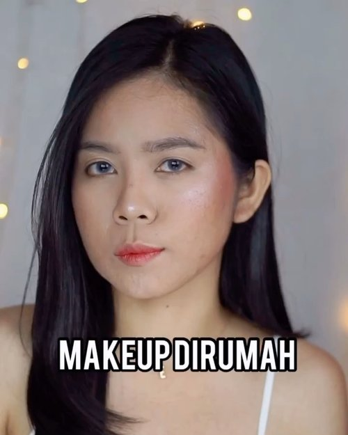 Masih edisi #diRumahAja kali ini makeup tutorial ke dapur ajalah ya. Gapapa deh bau kemiri lengkuas jahe, yg penting tetep caem💁♀️...#makeupideas #beautysociety #indobeautygram #beautybloggerindonesia #beautysociety#tutorialmakeup #makeuplooks #clozetteid @indobeautygram @beautybloggerindonesia @beautiesquad @clozetteid
