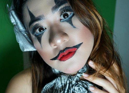 Siapkan tidurmu malam ini krna aku akan mengetuk dan memanggilmu @coolpadindonesiayukk ikutan makeup halloween genkss@msteenhe22@sofie_noona @hankoo12 @ryanaambarwati @eridarida @elva_gustini @jihanaulia #Joker #Halloweenmakeup #clozetteid #halloweencupcakes #pumpkinpie #pecanpie #pumpkinwhoopiepies #pumpkincheesecake #trickortreat #spooky #smeagol #gollum #lordoftherings #thisishalloween #halloweenhome #halloweendecor #halloweenfun #targethaul #halloweenhaul #trickortreatyoself  #creaturefromtheblacklagoon #jackolantern #ilovehalloween #halloweeneveryday #everydayishalloween #halloweeniseveryday