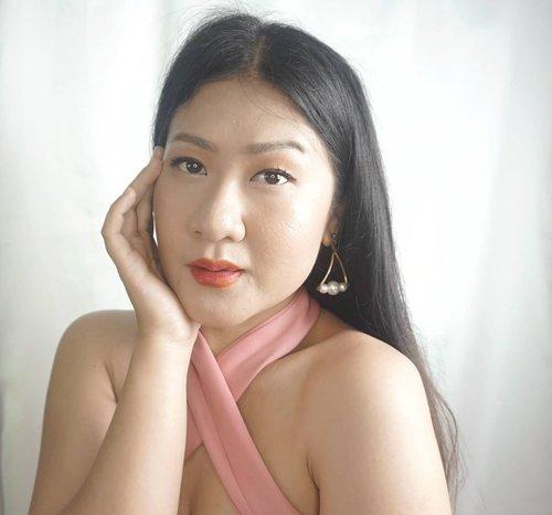 makin seru nonton drakor dan makin seru ngulik korean makeup krna minimalis dan jadi awet muda gtu. _ Kira-kira tutorialnya bkin ga ya makeup korea ? . . . . .  #like4likes #clozetteid  #koreanmakeup #kdrama ##truebeauty #kmakeup  #love #fff #lfl #l4l #ootd #photography #selfie #셀스타그램 #강남 #일상 #소통  #셀카 #셀피 #좋아요반사 #likeforlikes #likeforfollow #맞팔 #선팔하면맞팔