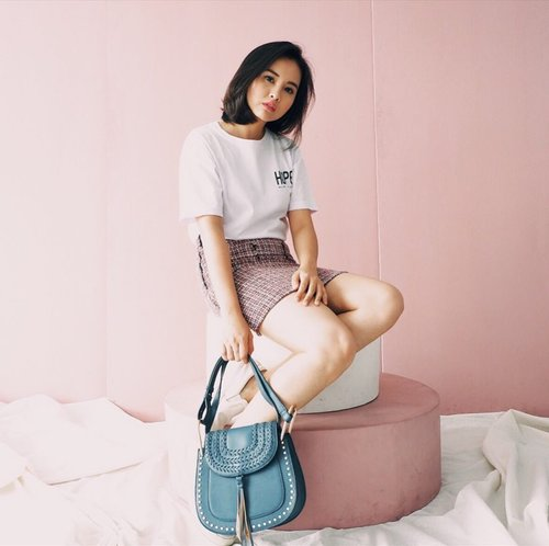 So what is your style ?  Feminin, edgy, casual, elegant or.... ? What ever your style is match your look with this bag from @berrybenka !💖 #MeandBerrybenka  #clozette #clozetteid