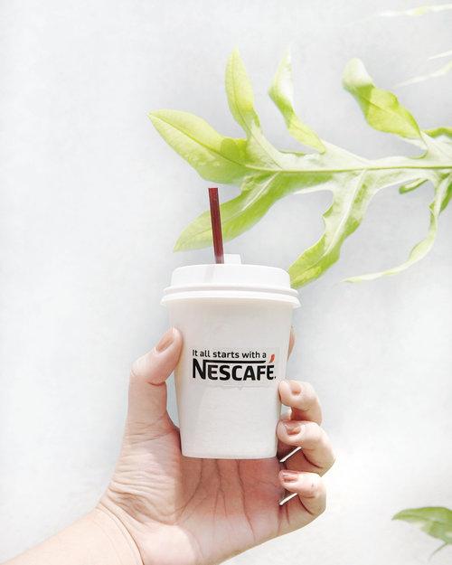 Akhirnya coba varian baru dari  @nescafe_indonesia. Bagi yang tidak terbiasa dengan rasa kopi yang berat, kalian bisa coba NESCAFÉ Green Blend ini. Kopi ini memiliki kebaikan kopi hijau di dalamnya punya rasa yang lebih ringan karena menggabungkan biji kopi yang disangrai dan tidak disangrai, lho. ☕💚Thank you for having me @nescafe_indonesia @clozetteid | 📸: @gianciana #greenblendxclozetteid #PancarkanPercayaDirimu #clozetteid..........#nescafe #coffee #coffeetime #coffeelover #coffiecup #coffeelove #coffeelife #coffeeplease #ig_coffee #picofthedaya #latteart #nespresso #coffeesesh #instagramanet #coffeeshop #coffeedate #instatag #coffeebean #coffeehouse #coffeeporn #cookies  #coffeeandseasons #vscocoffee #coffeeart #coffeebreak