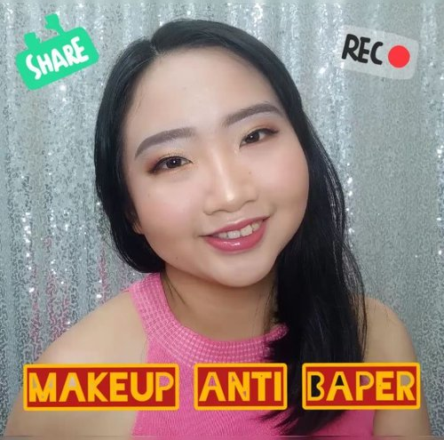 ~ july 03, 2019.❗MAKEUP ANTI BAPER❗..Kebetulan kemarin aku lagi ada niat makeup, jadi ini dia makeup look anti baper ala ala 😂 aku pake face palette nya @minuet.official yg aku dapet dari @heidi.jogja @heidibeautystore_jcm 😍😍😍 ..Product used:@cantikcitra sakura fair uv powder cream@cosrx_indonesia aloe soothing sun cream@pondsindonesia glitter glow glitter cream@riveracosmetics luminous micro powder@makeoverid powerstay matte powder foundation@minuet.official 5in1 face palette vinna x cella@esqacosmetics x bcl lip gloss ..backsound nya pake lagu dari @stephaniepoetri - I Love You 3000 ♥ ..@vinnagracia @cindercella@beautycollab.id@beautygoers@bloggervloggersmg@beautiesquad@setterspace@tampilcantik@tips__kecantikan@inspirasi_cantikmu ..#AForAlinda #alinda #alindaaa #alindaaa29 #rezekigakketuker #jalani_nikmati_syukuri #clozetteid #minueteyeshadow #minuet #minuetpallete #heidijogja #makeuplook #makeupbyminuet #beautygoersid #beautycollabid #beautiesquad #BloggerVloggerSMG #tampilcantik #inspirasikecantikan #setterspace
