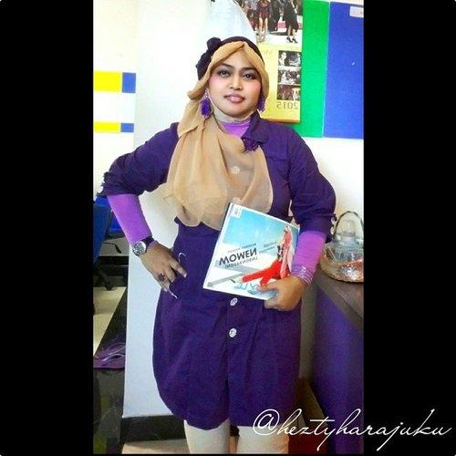 JUNE 17th, 2015--- #GoDiscover Hijab Challenge @clozetteid minggu ke-1dengan tema:  #ItsSoYou 🌸#heztyharajuku itu identik dengan 💜 warna #ungu ; warna favoritnya! 🎀#Fashionable #Lecturer ; aka #dosen yang selalu punya gaya fashion yang unik setiap harinya lolz 😄 ... 📚 #buku ;  karena juga seorang #penulis buku fashion #Jepang (HARA- SHIBU-BARA, Tokyo Street Fashion Paradise : 2012) dan alhamdulillah sekarang merasa lebih nyaman dengan #modestfashion, sehingga #kerudung pun kini menjadi bagian dari identitasnya... that's sooo me ! 😉 #ClozetteID #HijabFashion #HijabStyle #Hijaboftheday #Hijaboftheworld #HijabinStyle #Hijabers #HijabIndonesia #scarfmagz