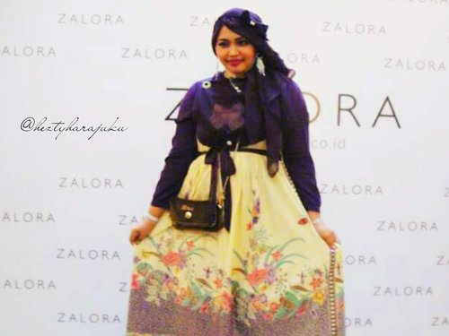 #FLASHBACKSaturday : my #OOTD at #Zalora #Muslim #FashionShow 2015 , I wore #batiktrusmi in #lolitastyle , designed by myself 👠👗👒 #HallofFame #Redcarpet #ClozetteID @clozetteid #fashion #style #stylishmodesty #modestwear #modestfashion #hijabiandfab #hijabista #socialite #instamoment #instafashion #fashiongrammer