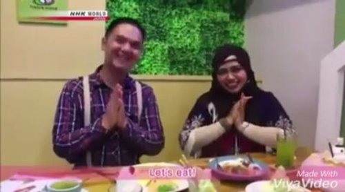 FLASHBACK----- 🐻🌏🎬🎥📺Hesti & Erlan at #NHK #KawaiiInternational #NHKWorld #Japan #TVChannel as #reporter and #coreporter for this show! 😄😄 Tanoshikatta!---> Kayaknya ini bisa ditayangkan di acara wedding kami hehehe 😂😂😂 - - - Special thanks to @cafe_shirokuma 📺🎥🎬🌏🐻 and our #cameraperson : @cintiiiyyy from #BroadcastingPoliMedia --------- Episode #57 ini disiarkan dari #Jepang secara #internasional pada hari Sabtu (25/2) dan Minggu (26/2) tapi... buat yg ga sempat nonton di TV, masih bisa nonton via streaming dari websitenya selama 4 minggu ke depan. Check it out! Ada 18 Bahasa pilihan termasuk Bahasa Indonesia lho! 😉 https://www3.nhk.or.jp/nhkworld/en/vod/kawaii-i/20170225/ - - - - - #clozetteID #fashion #style #Tokyostyle #modestfashion #stylecovered #coveredstyle #modestwear #headscarf #hijabstyle #partnership #TVShow