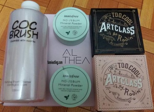 Hello everyone 😊😊😊... New update about @altheakorea Haul 😍😍😍... For more detail just click link in my bio or just copy this link http://www.funniestling.com/2017/06/althea-korea-haul.html?m=1 Happy reading and happy weekend everyone 😆😆😆... Thank you so much 😁😁😁 #updateblog#althea#altheakorea#haul#makeup#coringco#innisfree#toocoolforschool#artclass#byrodin#brushcleanser#nosebummineralpowder#shading#highlighter#koreanmakeup#korean#koreanaddict#clozette#clozetteid#beauty#like#likeforlike#blogger#beautyblogger#bloggerperempuan#bpnetwork#bloggercrony#indonesianfemaleblogger#ifb#funniestling