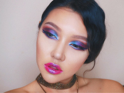 Chromatics Hologram #tutorial #makeup #makeitbold #muaid #lotd #love #Chromaticslove #chromaticslover #NYXCosmeticsID #nyxindonesia #cutcrease #lotd #beautyblogger #beautyvlogger #clozetteid #ClozetteAmbassador #nyxcosmetics #nyxcosmeticsindonesia #chromaticsid #instadaily #IVGBeauty #muajakarta #nyxcosmicmetal #sephoraidxnyxcosmeticsid #sephoraidn #NYXCosmeticsID #Chromaticslove #sephoraidxnyxcosmeticsid
