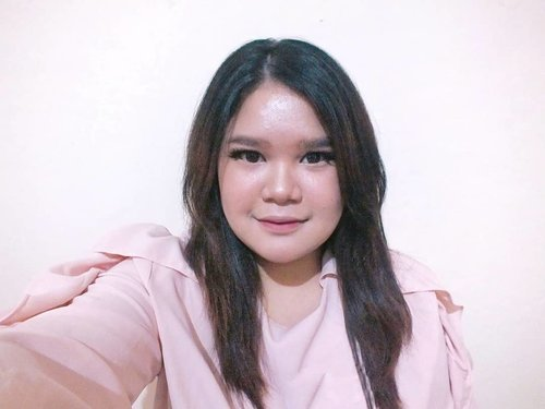 (Photo taken with : Fujifilm Finepix HS33EXR)And last one dari seri kebanyakan-foto-dan-dibuang-sayang !··#makeup #beauty #makeupaddict #makeupjunkie #motd  #makeuplover  #instamakeup #wakeupandmakeup #lipstick #beautyblogger #cosmetics #makeupforever #style #photoshoot #lips  #hairstyle  #ilovemakeup #clozette #clozetteid #mattelipstick #monolid #monolidmakeup #monolidmakeuptutorial #TasyaMakeupPreference #strobing #strobingmakeup #strobingmakeuptutorial #drugstoremakeup #terfujilah