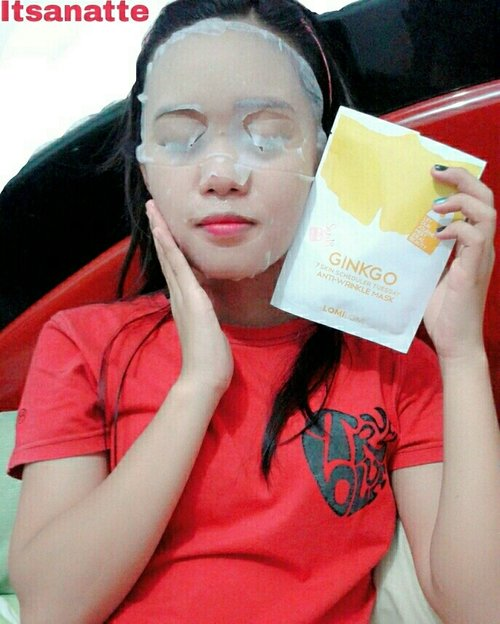 Have a great Tuesday with Lomi-Lomi Mask from @skin18com ! . LomiLomi 7 Skin Scheduler Mask Pack Tuesday[Ginkgo- Anti-Wrinkle Masks] is 7 day intensive scheduler mask pack contains 7 pieces of masks with different functions for a skin renewal process. with Good Formula Non Animal Material, Non Paraben, Non Mineral Oil, Non GMO, Non Sulfate, Non Benzophenone, Non Pigment, Mask with non-woven fabric I Features This is highly enriched product of aloe and skin activators, and very nutritional!  Can cover all of your face area like near mouth and your eyes! It cares oil and moisture, blocks toxic substances to skin and makes moisturizing and elastic skin.  How to Use:  1. After washing your face, calm your skin by using toner.  2. In case of sensitive skin, test mask essence on a wrist before use . 3. Gently put mask on face, and take it off after 15-30 minutes. Absorb essence left by dabbing skin.  4. Refrigerated mask packs can calm sensitive and burned skin as well as giving cooling. 5. Apply the extra essence remaining in empty mask pouch properly absorbed into the skin.  6. The extra essence in the pouch could.  #beautyblogger #blogger #skin18 #endorse #bloggerbabes #itsanatte #skincare #clozetteid #clozetteid
