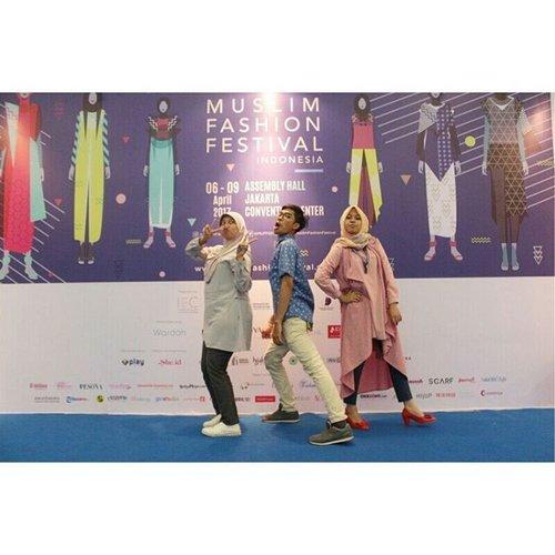Ehalo! Apa kabar dunia instagram? Masih suka upload yang cantik-cantik?  #muslimfashionfestival #muffest #muffest2017 #OOTD #outfitoftheday #klambidinoiki #swipe #photobooth #photo #backdrop #elzatta #elzattahijab #sayapakaielzatta #bloggerbabes #bloggerperempuan #instagram #instadaily #latepost #wefie #clozetteid #fdbeauty #hijab #hijabers #hijabfashion #hijabootdindo#elzatta #elzattahijab #sayapakaielzatta #bloggerbabes #bloggerperempuan #instagram #instadaily #latepost #wefie #clozetteid #fdbeauty #hijab #hijabers #hijabfashion #hijabootdindo