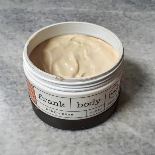 Day 10 of #skinemmies2018 Body.  Actually, my hands and my feet are dry. Hence,I need body cream to tackle that condition. This is my favorite from @frank_bod . It is rich, creamy moisturizer, no toxic ingredients. The cream consist of coffee seed, pomegranate, green tea, and shea & cocoa butters.  #skincarereview #skincareroutine #skincareobbessed #skincarecommunity #skincareaddict #beautycommunity #beautygram #beautybloggerindonesia #beautynesia #beautyobsessed #instabeauty #indoskincarereview #indoskincare #idskincarecommunity #ClozetteID #bloggermafia #indobeautysquad #indobeautygram #ribbonskincarereview