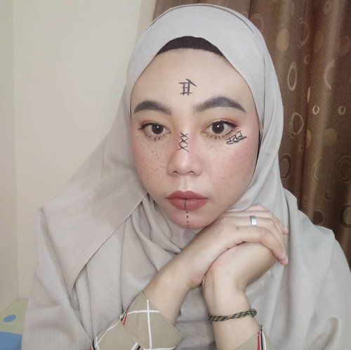 Sisa kemarin, mumpung lagi mood 🙃.Pengennya dirumah aja, tapi keadaanya hanya bisa dikosan aja. Chak De!!!.#ClozetteID #clozetteid #instagramfilters #kbbvfeatured #kbbvmember #beautygoersid #beautiesquad #beautyblogger #beautybloggerindonesia #beautycreator #makeup #makeuptutorial #makeupideas #JakartaBeautyBloggerReview #jakartabeautyblogger