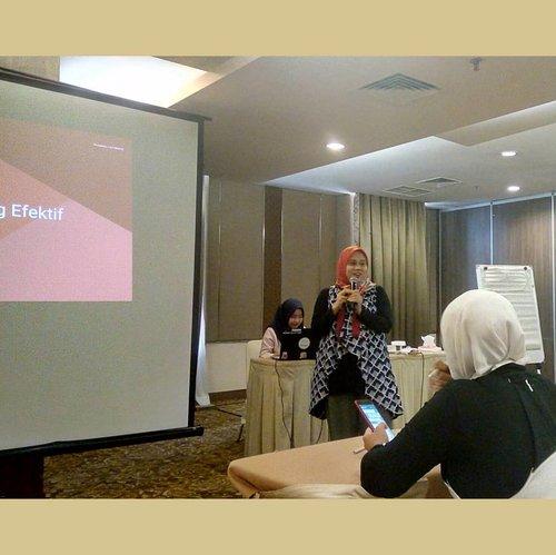 8. Blessing...it's a blessing to meet you Kak @wawaraji from @bloggercrony Yeay🙏😊..#google #womemwill #godigital #giniginigoonline #jakarta #depok#umkm #umkmindonesia #bloggers #bloggercrony #bloggercronycommunity#jalanjajanhalal #bloggerfollowblogger #bloggerfollowbloggerindonesia#indonesianblogger #bloggerindonesian #bloggerindonesia #blogger #bloggerindo #clozetteid #indonesia