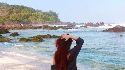 • looking at the beach, very beautiful •  #beach #beachview #clozetteid #traveling