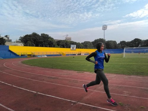 The mind is the limit. As long as the mind can envision the fact that you can do something, you can do it, as long as you really believe 100 percent. Tell your mind to believe you can finish it the race of Tokyo Marathon 2018 . ......#Runner#Runners#WomenRunning#WomenRun#HijabiRunner #Tokmar#TokyoMarathon#TokyoMarathon2018#Trijee #TrijeeSportWear#Clozetteid#Blogger#Bloggerstyle#Bloggerlife#BloggerPerempuan#BloggerPalembang#Bloggerswanted