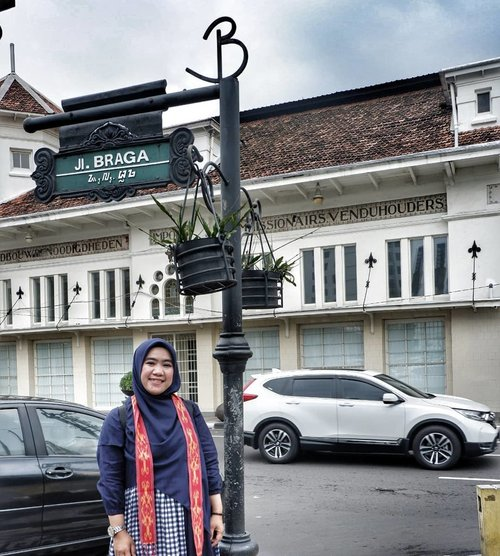 Bandung is my hometown and will always have a special place in my heart.#clozetteID #bragabandung #Bragastreet#clozetteidBandung#hootd#ootd#Clozettedaily#clozetteid
