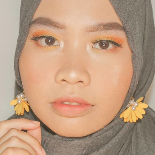 2019.Hey, let's practice more. Let's do more things than just thinking and planning. 💛..#clozetteid #izone #starclozetter #sociollabloggernetwork #maybelline #nyxcosmetics #colourpop #yesplease #loreal #getthelook #makeup #makeuplook #hijabimakeup #yellowmakeup #yellowshadow #lorealinfallible #softglam #makeupsendiri #selfmakeup #undiscovered_mua #makeoverid  #beautiesquad #kbbvmembervmember