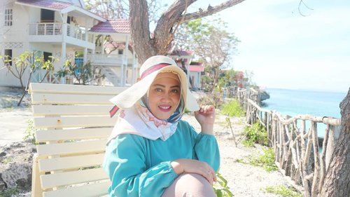 Santai dulu ah di pantai 😜 ngimpi eim! #clozetteid #stylediary #andiyaniachmad #tanjungbira #tanjungbirabeach #bulukumbahits #birabeach #lifestyleblogger #hijabstyle #hijabtraveler #travelwithstyle #canonm10