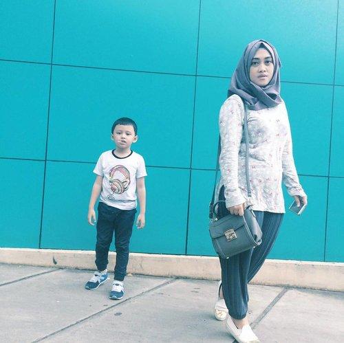 Me and him vs the world part 1 💪❤💋 • • • •  #motherhoodthroughinstagtam #clozetteid #clozettehijab #kidsootd #kidsoutfit #kidsofinstagram #stylediary #tapfordetails #ootdmomandkids #diaryhijaber #sundayspentwell #kidsphotography #kidsmodels #coolkids #kidstyle #darelladhibrata