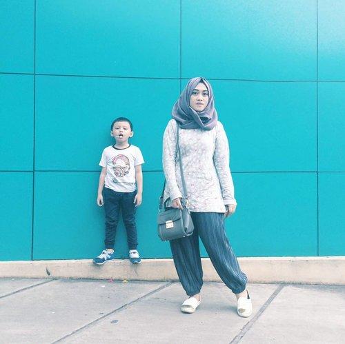 Me and him vs the world #2 💪❤💋 • • • •  #motherhoodthroughinstagtam #clozetteid #clozettehijab #kidsootd #kidsoutfit #kidsofinstagram #stylediary #tapfordetails #ootdmomandkids #diaryhijaber #sundayspentwell #kidsphotography #kidsmodels #coolkids #kidstyle #darelladhibrata