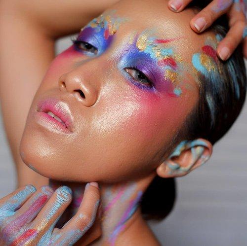 Buat yang sering tanya Dek Mon pakai face painting apa, list-nya sudah ada di blog ya. Ditiliki saja di www.monicaagustami.com 👌---#makeupdiarymonica #facepainting #facepainter #beautifulgirls #jogjabloggirls #makeupartistjogja #makeupjogja #muajogja #clozetteid #makeupinspo