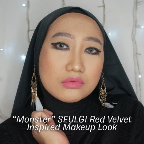 When Monday feels like a monster, so here I am being a monster 👾 👾.-Fact: gara-gara terlalu excited, awalnya bikin eyeliner ketebalan. Walhasil riasan mata sempet aku hapus keduanya. 😂-#ClozetteID #hijab #makeupvideos #makeupinspo #monsterseulgi #monsterireneseulgi #redvelvetmakeup #redvelvet #beautygram #indobeautygram #beautycontentcreator #beautybloggerIndonesia #makeuprecreation #makeupideas #videomakeup
